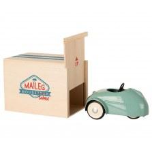 Garaż z autkiem dla myszki, Maileg