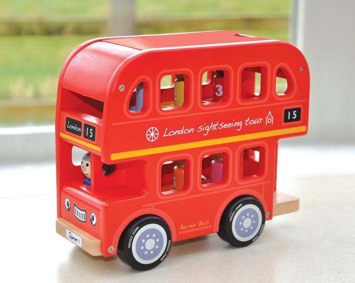 drewniany autobus
